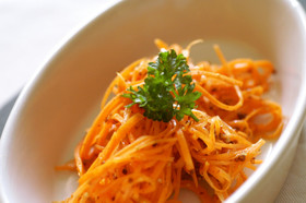 野菜の値段が高いときのニンジンサラダレシピ