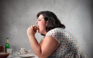 ストレス食べ過ぎ